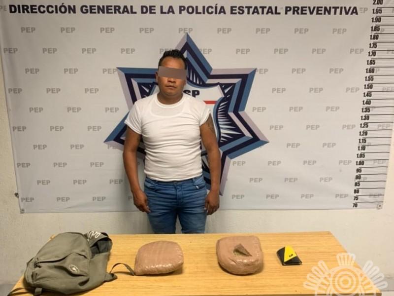Detienen a narcomenudista en Centro Histórico