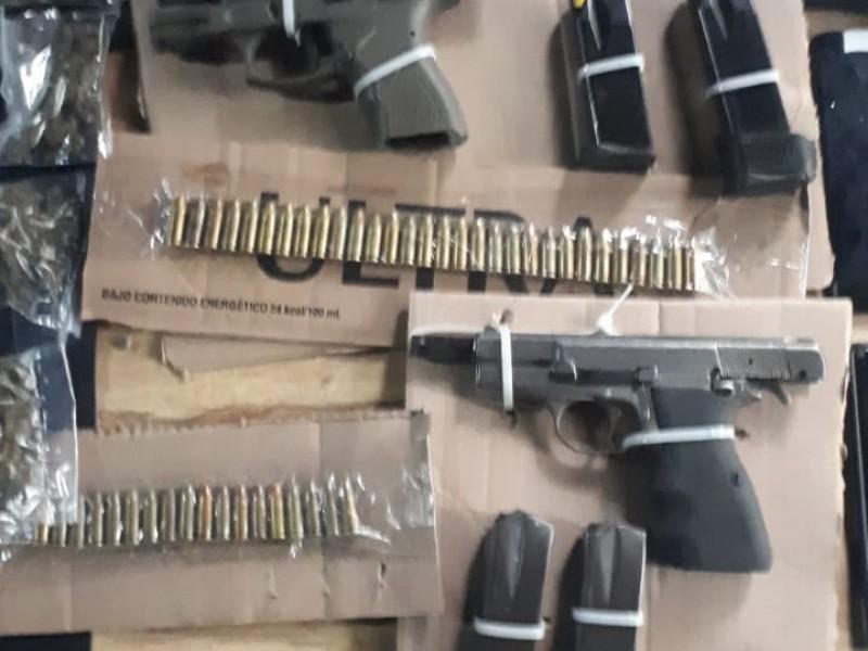 Detienen a seis sujetos con armas y droga en Chapala