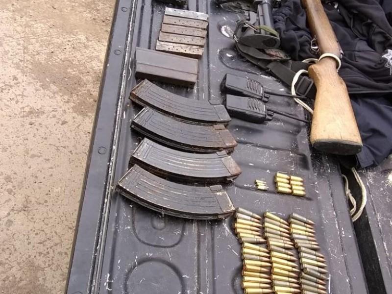 Detienen a tres hombres armados en Valparaíso