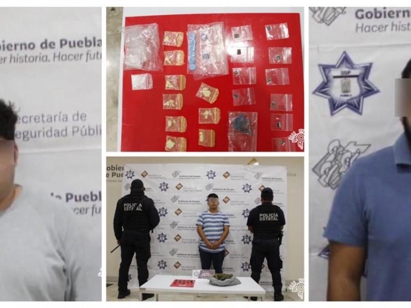 Detienen a tres presuntos narcomenudistas de San Pedro Cholula