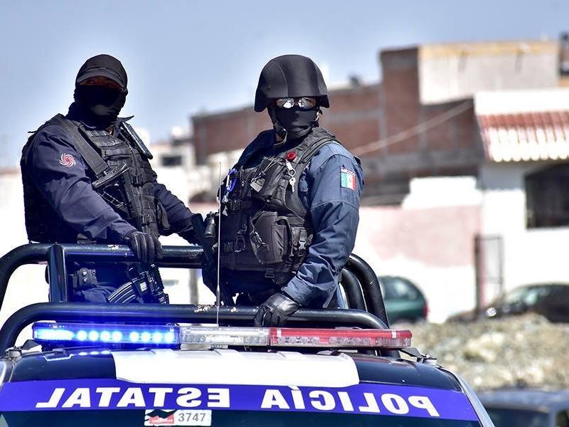 Detienen hombre con arma en Calera