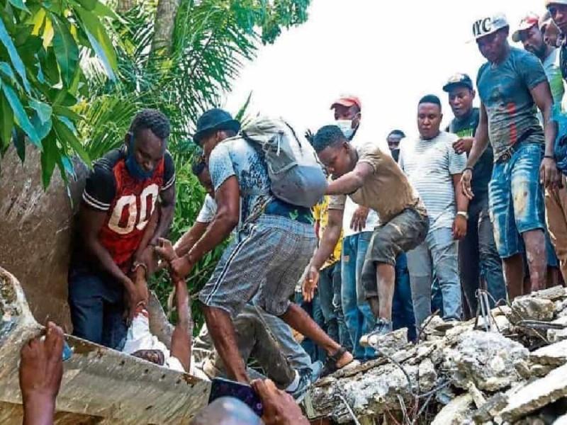 1,419 muertos y 6,000 heridos por devastador terremoto en Haití