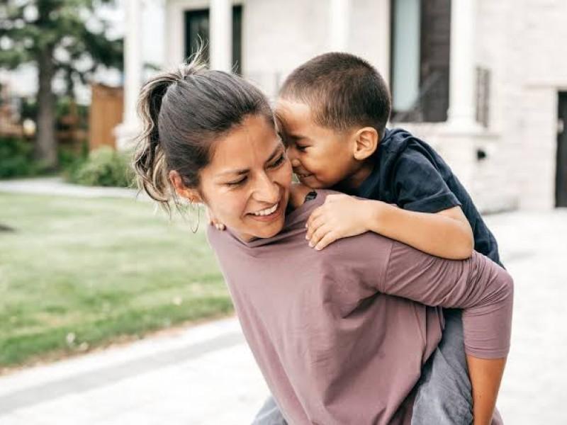 Día de la Madre; fecha para reflexionar sobre su valor