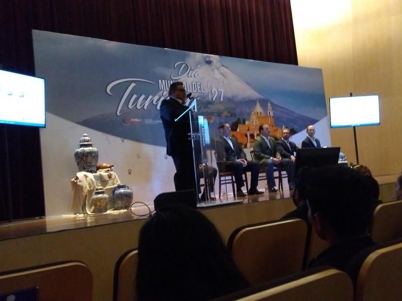 Conmemoran Día Mundial del Turismo en Puebla