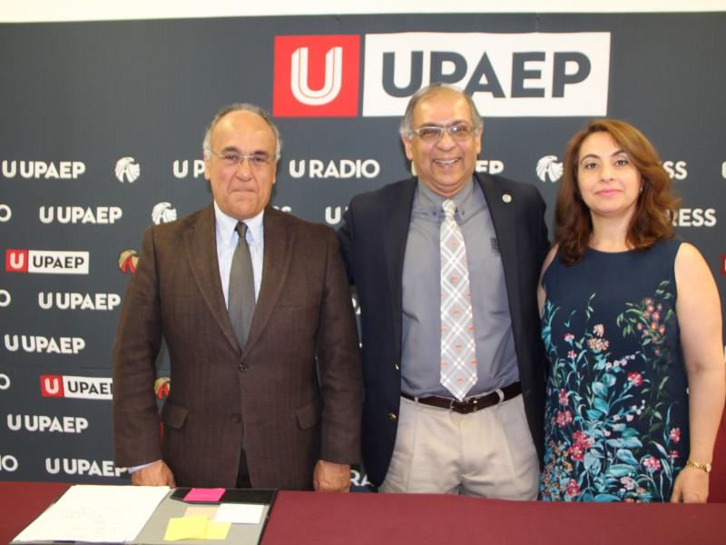 Dialogan sobre Business Analytics en la UPAEP
