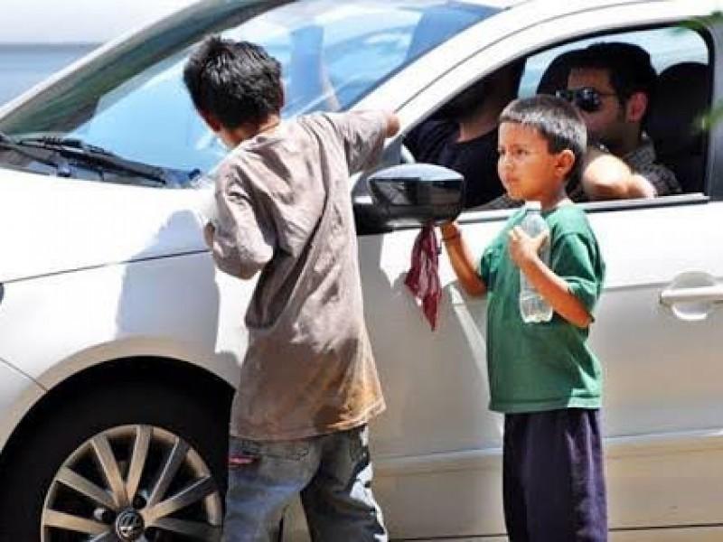 Por contagios en niños, DIF los retira de la calle