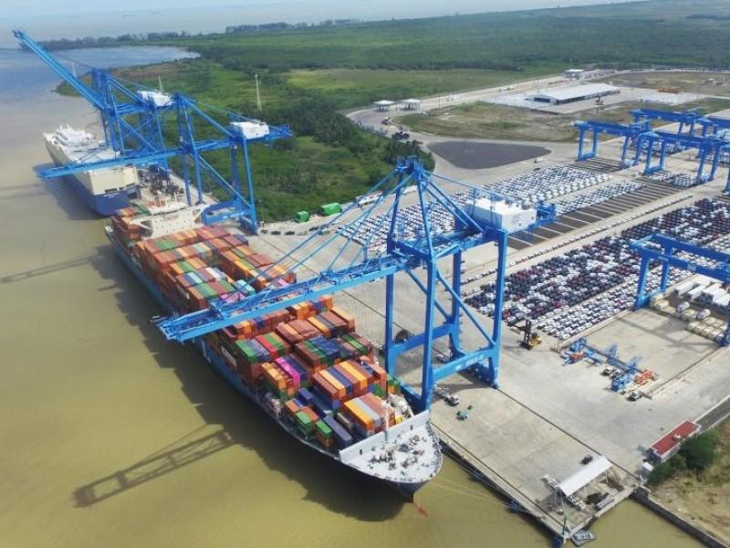 Difícil primer semestre para sector portuario, baja movilidad de contenedores
