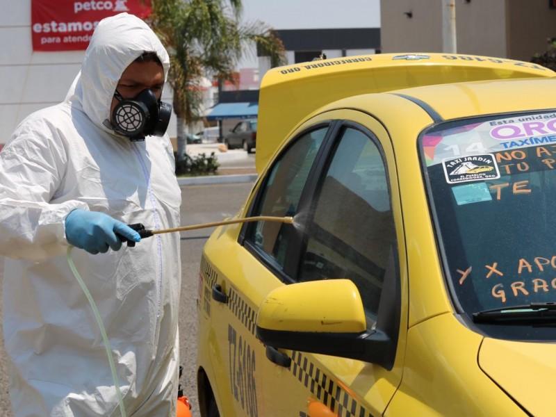 Diputada apoya con servicio de sanitización a taxistas