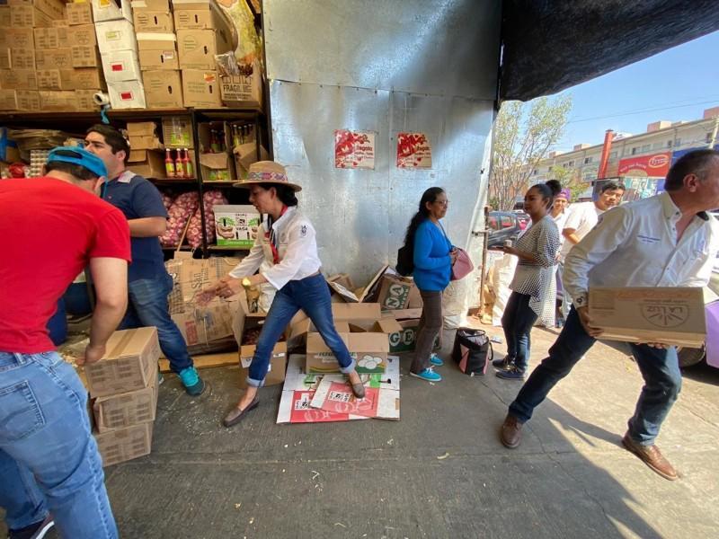 Diputada asegura alimento para 400 familias