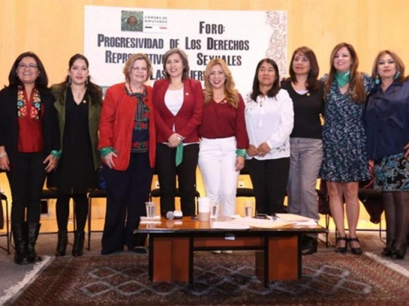 Diputadas de Morena buscan la despenalización del aborto