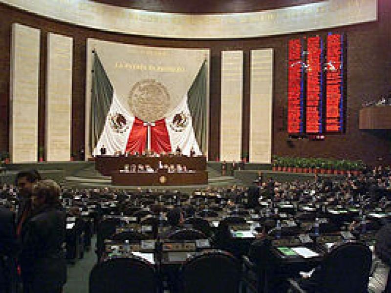 Diputado Federal electo llama a legisladores actuales