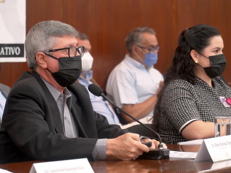 DIPUTADOS DEL CONGRESO CUESTIONAN AL DR.ENCINAS TORRES SOBRE EQUIPAMIENTO MEDICO