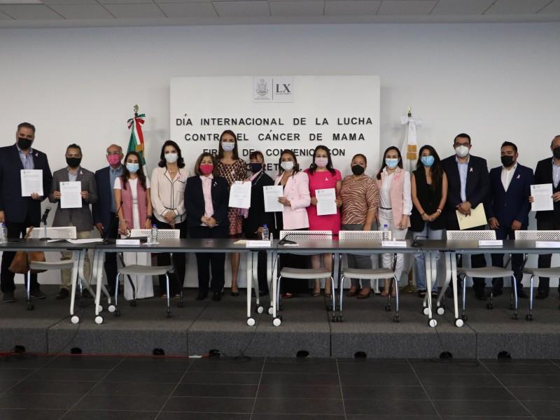 Diputados del PAN y QI firman convenio con Grupo Reto