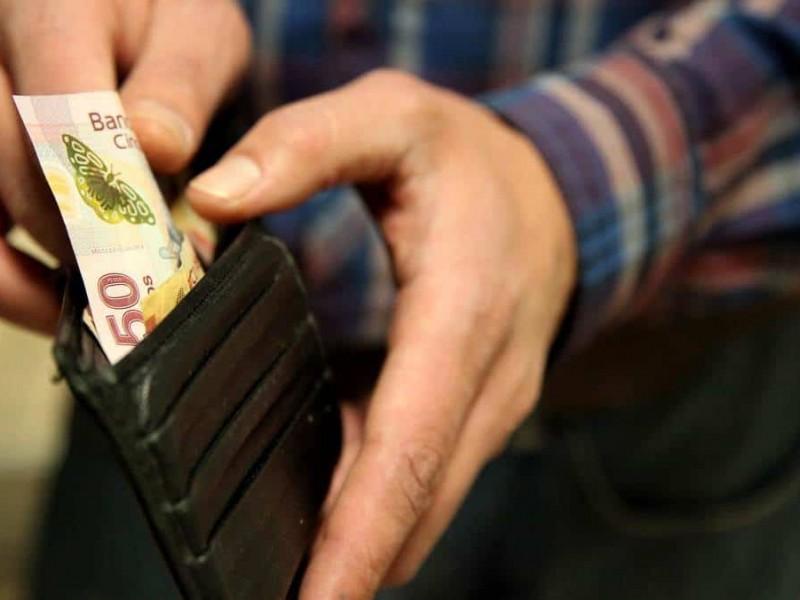 Diputados del PRI proponen triplicar salario mínimo