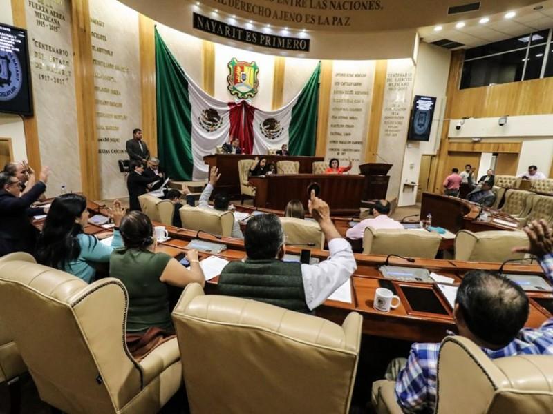 Diputados donarán sueldo para la compra de equipo médico