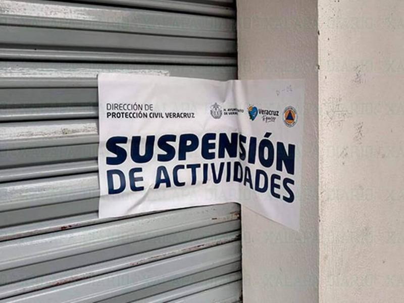 Dirección de comercio clausura 4 bares en Veracruz