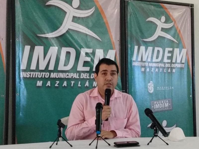 Director de IMED se defiende de acusaciones