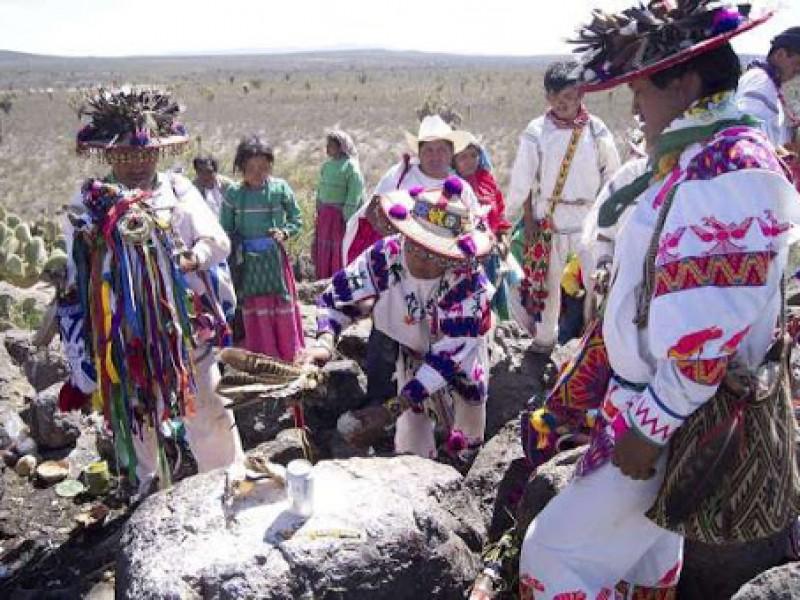 Discriminación y violencia; factores para reformar usos y costumbres indígenas