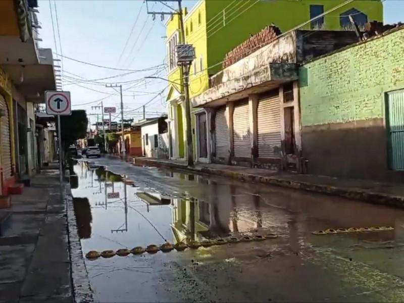 Disminuye nivel del agua en Tecuala tras inundación