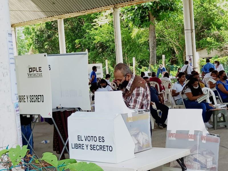 Disputa por regidurías en cabildos electos del norte de Veracruz