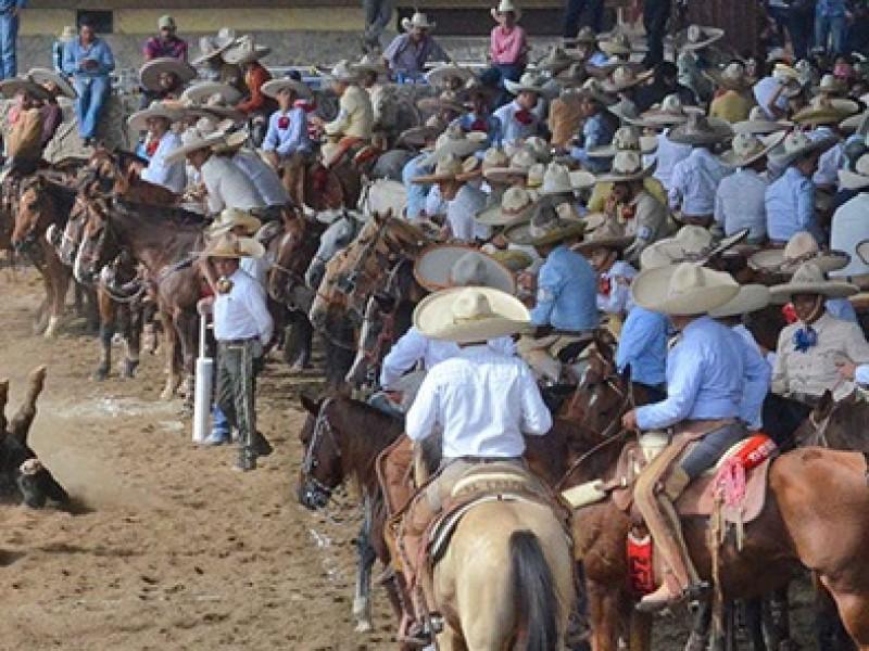 Disuaden coleadero con mil personas en Zacatecas capital
