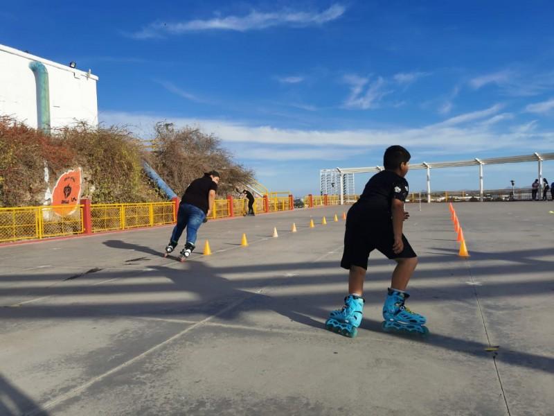 Diversión sobre ruedas, el patinaje una excelente actividad en familia