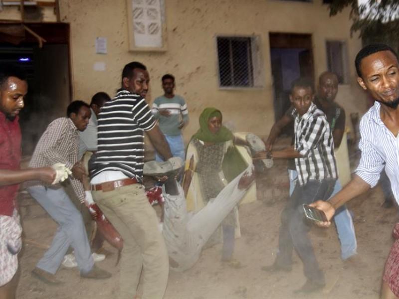 Doble ataque suicida en Somalia deja 17 muertos