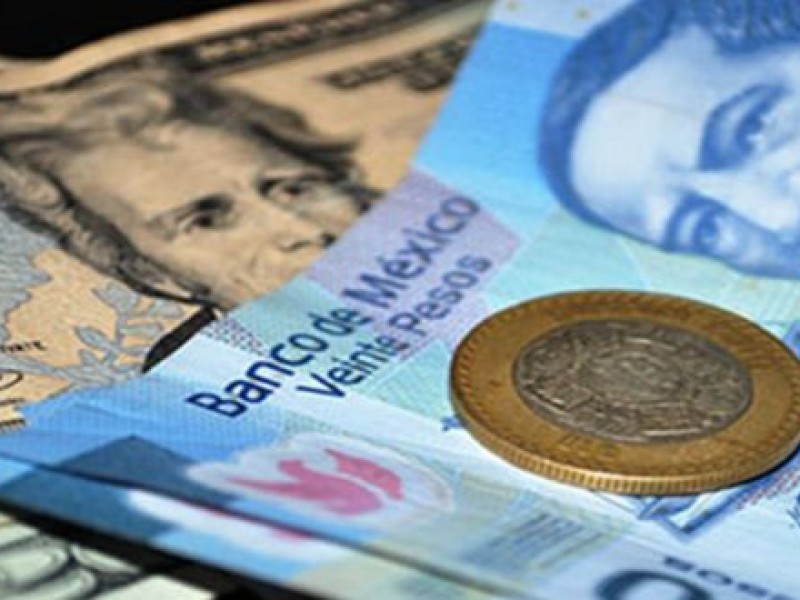 Dólar a la venta en 21.06 pesos