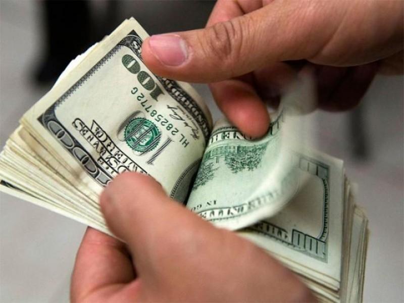 Dólar inicia la semana en 19.15 pesos