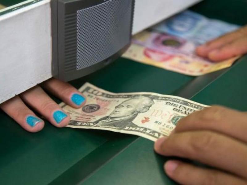 Dólar revierte ganancias, se vende en $19.34