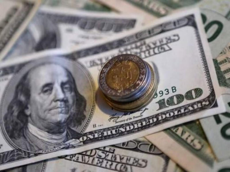 Dólar se vende hasta en 19.48 pesos