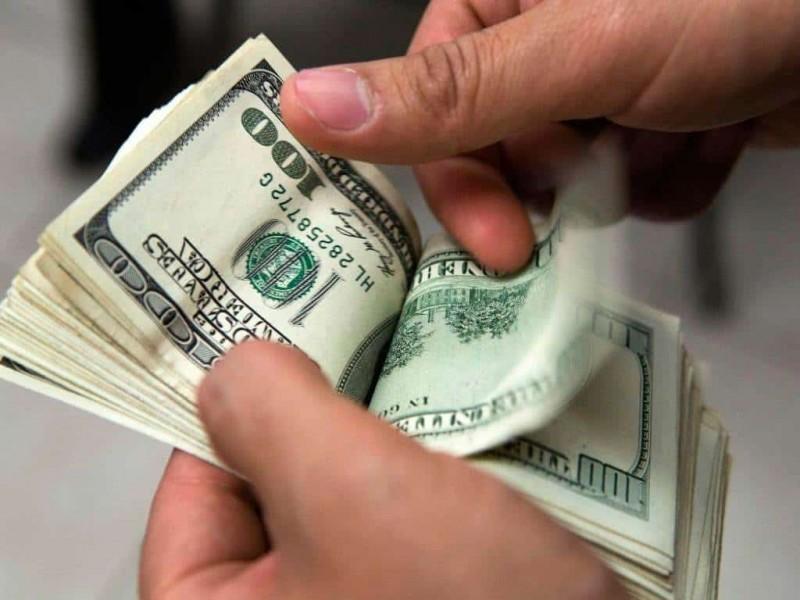 Dólar se vende hasta en 20.15 pesos