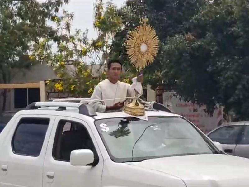 Domingo de Ramos es celebrado en las calles
