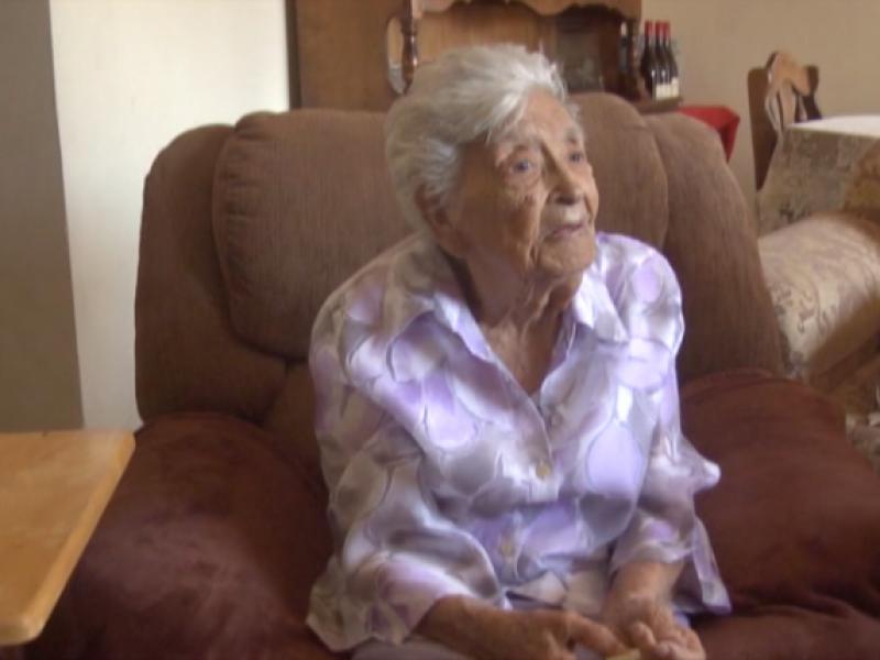 Doña Mercedes celebra 100 años de edad