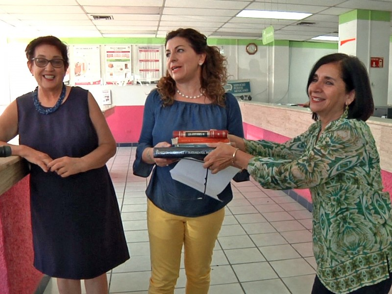 Donación de libros para biblioteca comunitaria