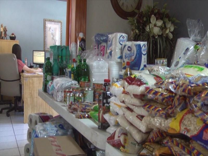 Donan alimento a albergue San Juan Bosco