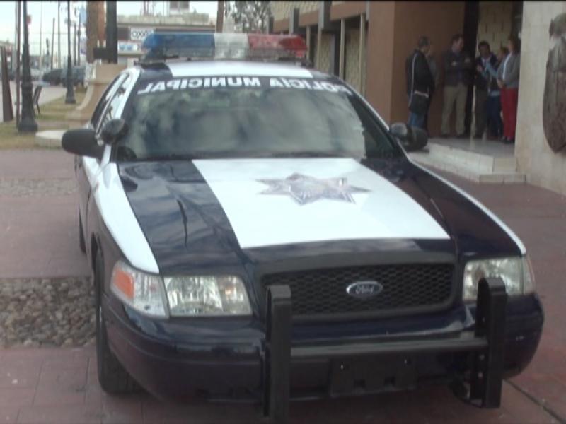 Donan patrulla a seguridad pública