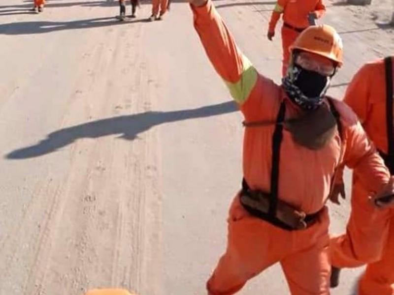 Dos Bocas: Paran obreros por explotación laboral