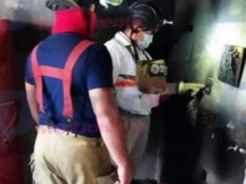 Dos menores son rescatados en incendio de vivienda en TGZ