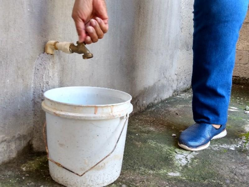 Dos meses sin agua en la colonia Juventud