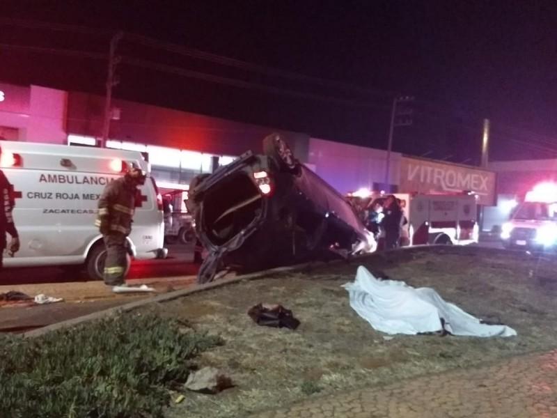 Dos muertos y cuatro lesionados tras fuerte accidente