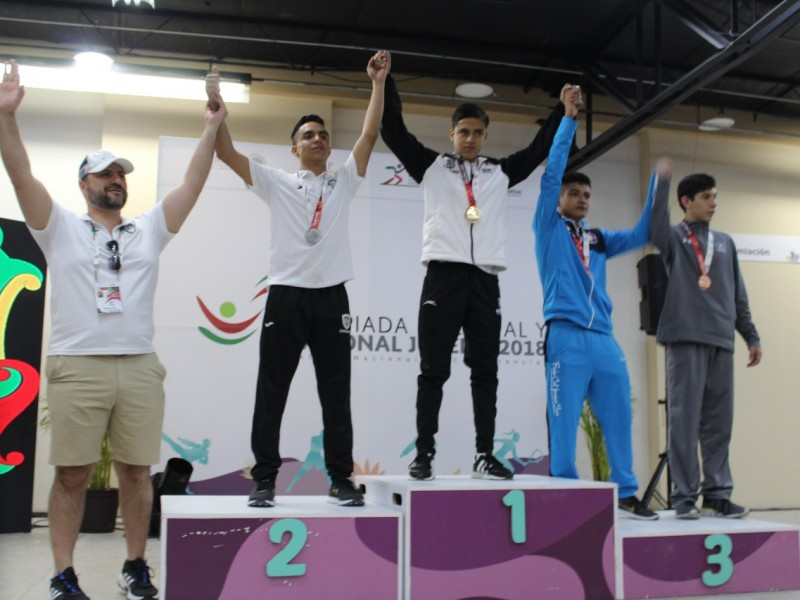 Dos oros en Karate Do para delegación nayarita