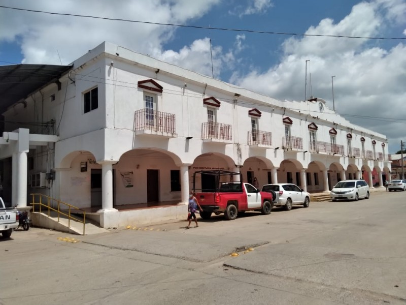 Dos semanas mas de semáforo rojo en Santo Domingo Ingenio