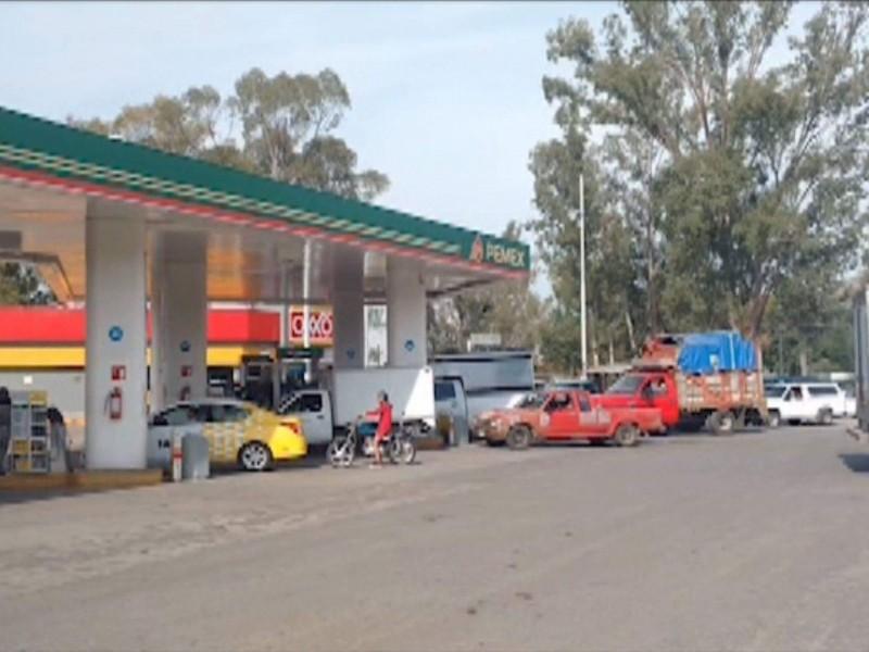 Dosifican combustible en Jiquilpan y Sahuayo