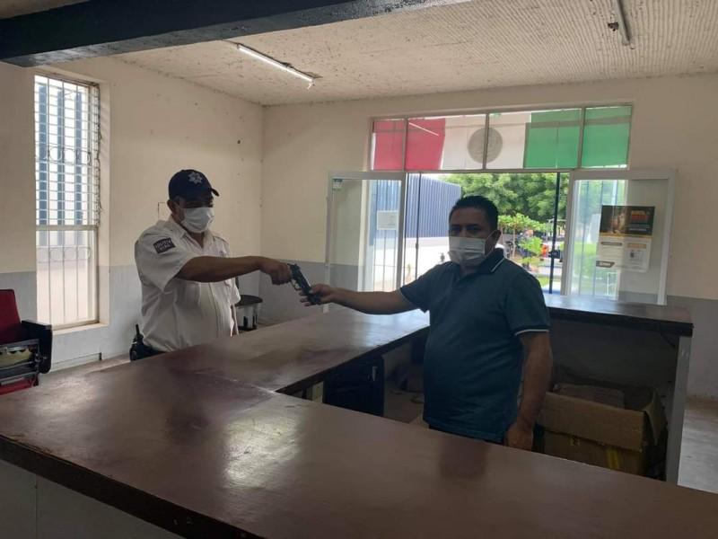 Dotan con armas de fuego a policía vial de Santiago
