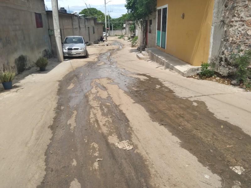 Drenaje colapsado afecta a vecinos del barrio San Juanico