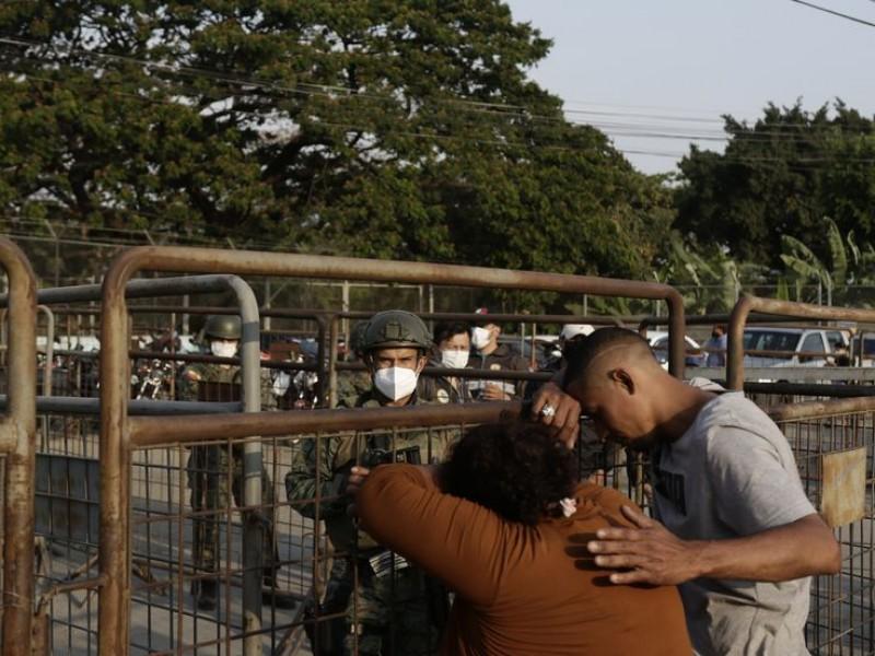 Ecuador indultará a presos, tras motín donde murieron 118 reos