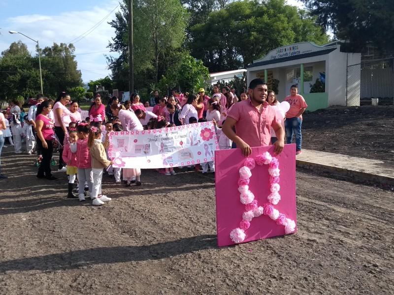 Ecuandurenses realizan desfile contra el cáncer de mama