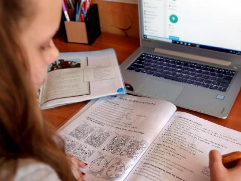 Educación en Querétaro continuará de manera virtual por el momento