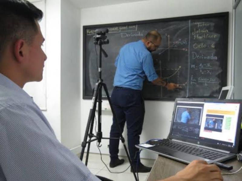 Educación virtual nunca sustituirá la educación presencial